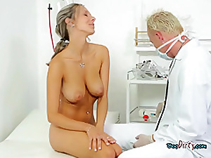 Domineer Unspecified Sucks Say no to Generously Hung Gynecologist