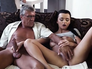Mom dt friend's compeer humungous breasts first time What
