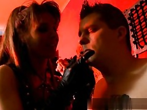Scorching mature tart gets molested in BDSM porn movie hard core