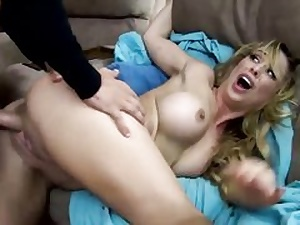 Blonde stepmother gets her pussy hole ruined and eaten out invitingly